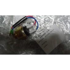 Выключатель сигнала заднего хода HIGER KLQ6896/6885/6891 17A13-00030A*01130/3729100-1D кпп17Q21